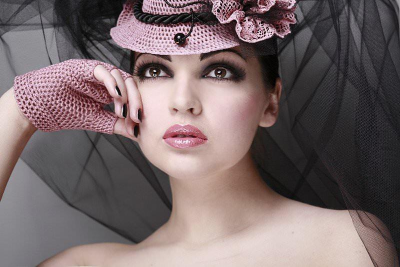 Стоит ли женщине носить шляпы