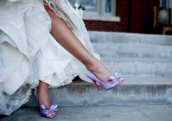 Цветные свадебные туфли 2013 Image