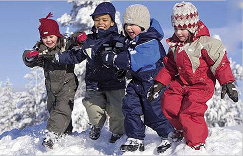 Выбор зимнего комбинезона для ребенка