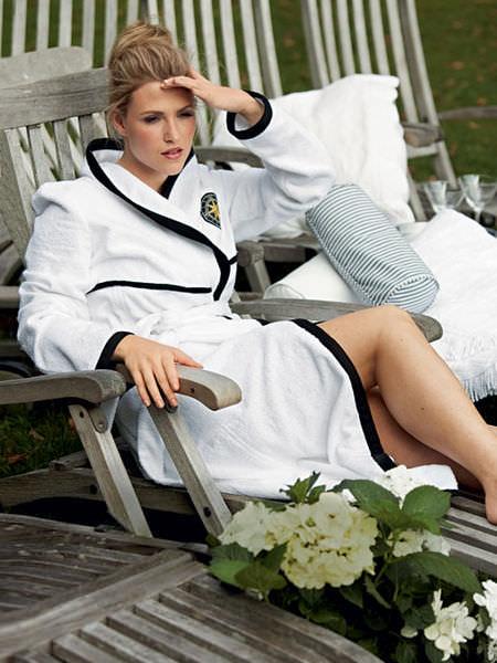 Мода на халат Image