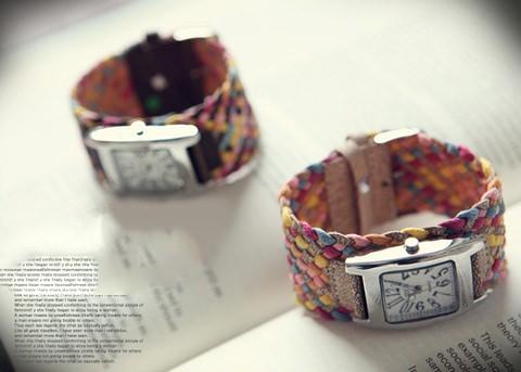 Дизайнерские часы наручные Image