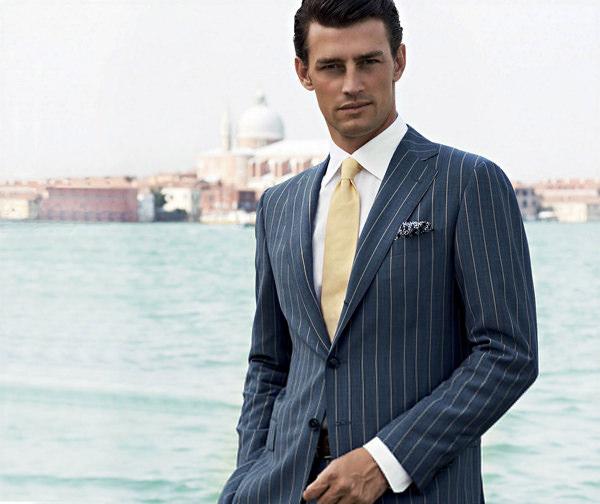 Выбор делового костюма