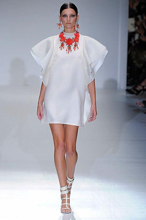 Gucci — коллекция весна/лето 2013: 70-е: волнения и волны Image