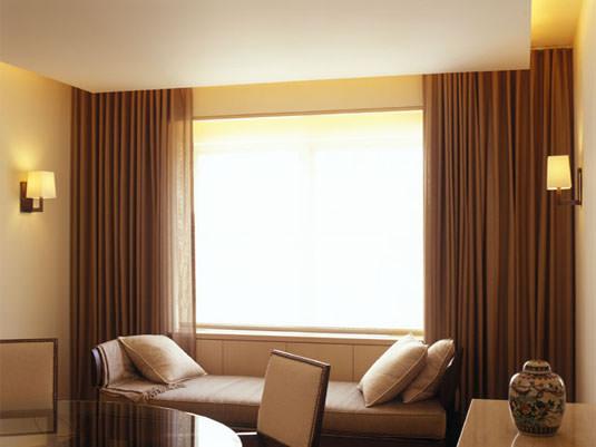 Какой декор окон позволит создать уют в вашей комнате Image