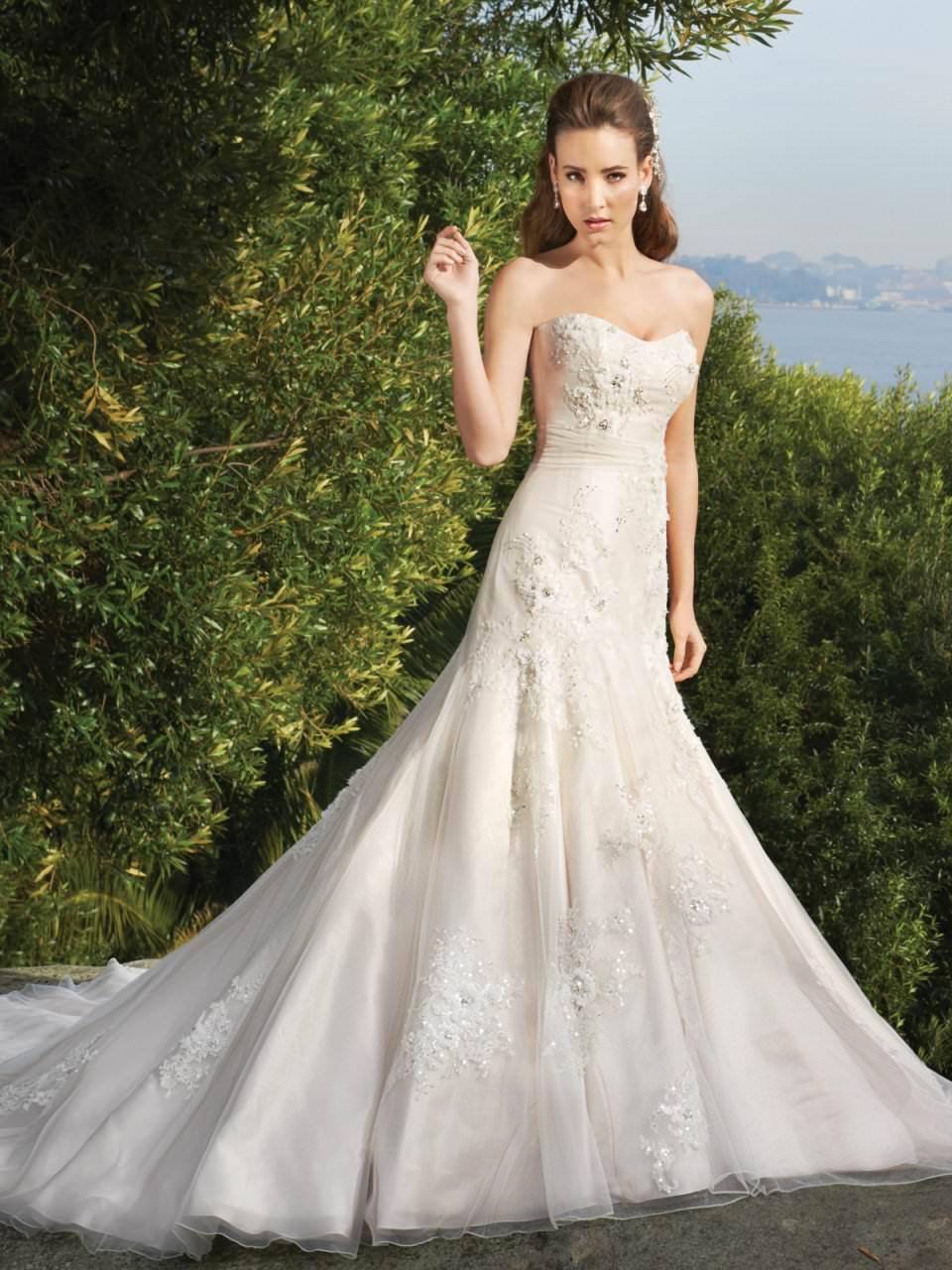 Готовимся к свадьбе – выбираем платье Image
