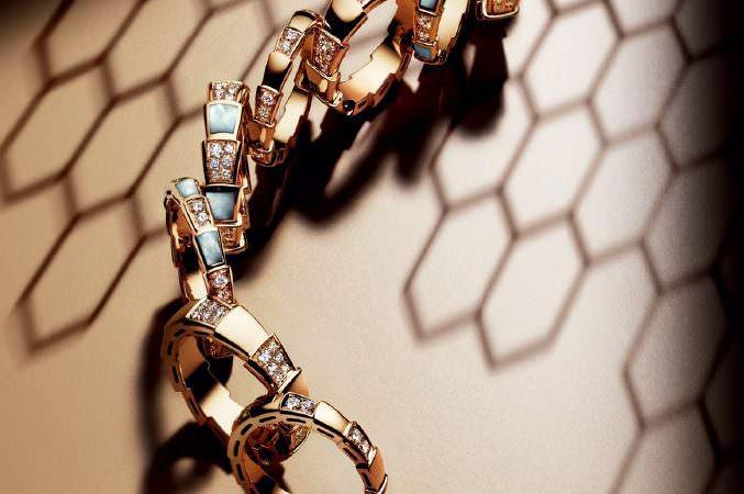 BVLGARI: новые кольца Serpenti Viper Image