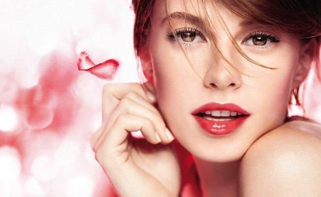 Модные советы. Как правильно использовать красную губную помаду! Image